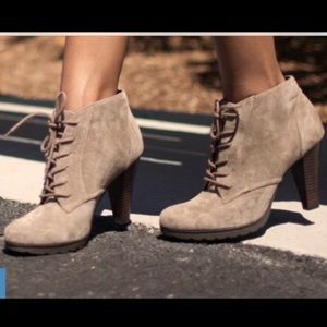 White Mountain Suede Sugar Babe Ankle Booties Boot